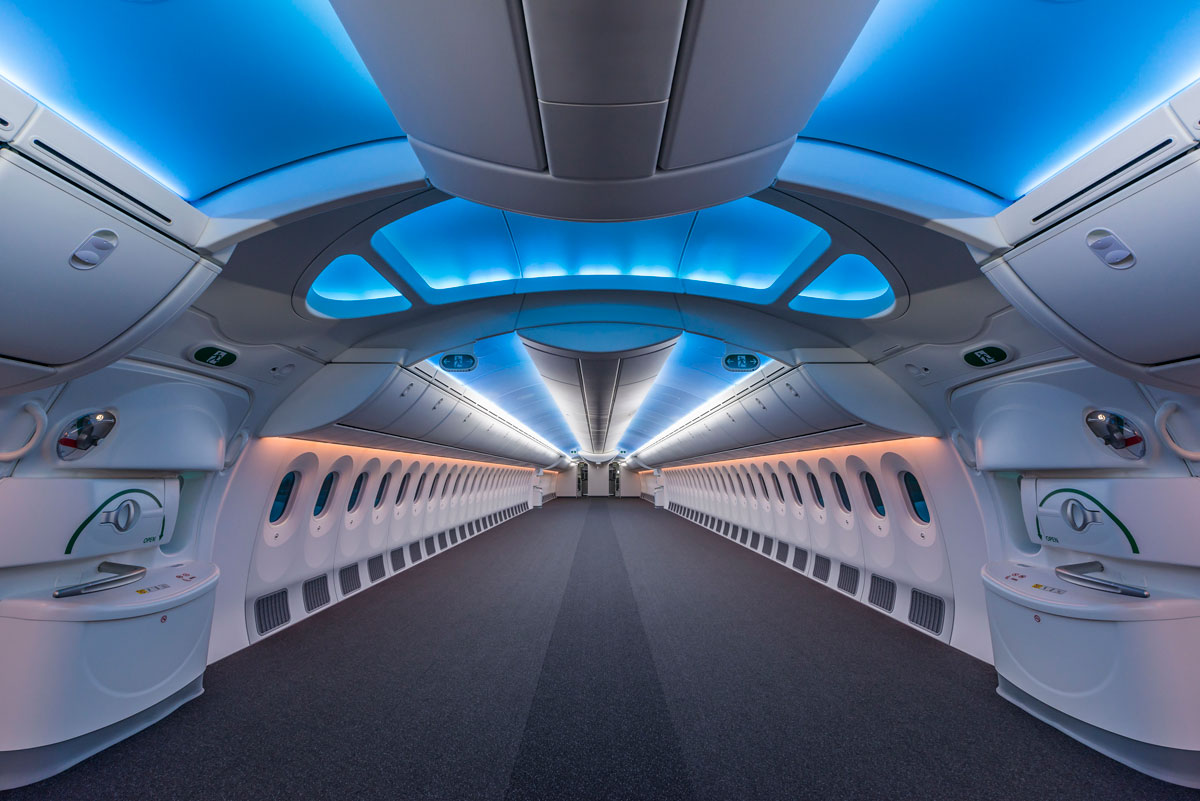 the-inside-of-an-empty-boeing-787-8
