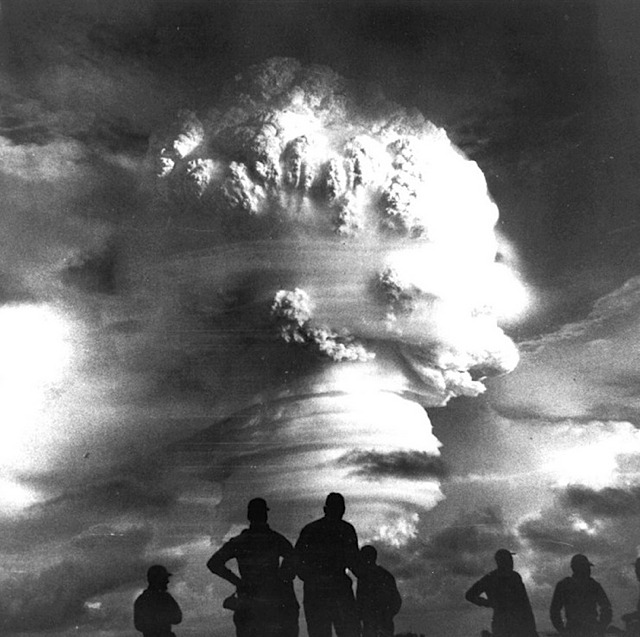 _hardtack_i_a_thermonuclear_detonation_during_the_pacific_tests_in_1958.jpg