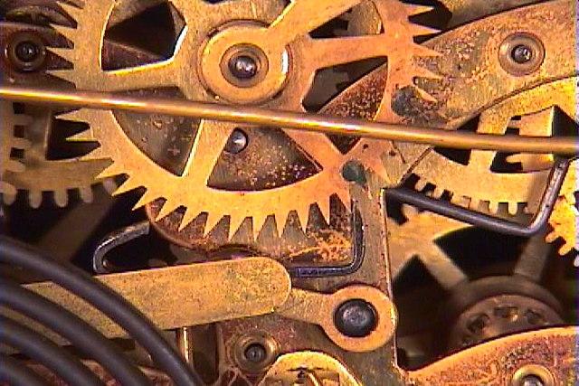 a-brokencookoclock.jpg