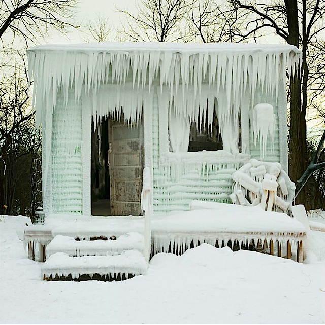 a_frozen.jpg