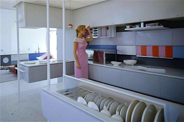 aaMonsanto-House-of-the-Future-Core-Area-Kitchen.jpg