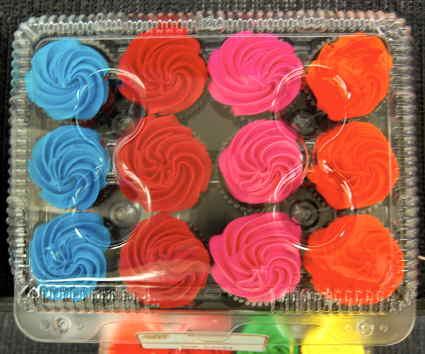colorfulcupcakes2.jpg