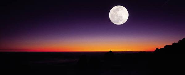 moonoverocean.jpg