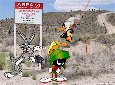 Bugs-Bunny-at-Area-51-with-Marvin-the-Martian--96841.jpg