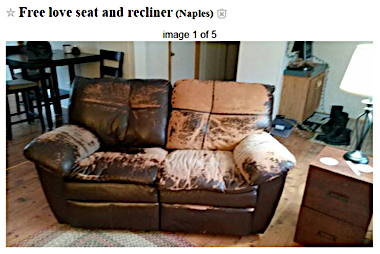 Free_love_seat_and_recliner_-_2017-04-11_09.49.jpg