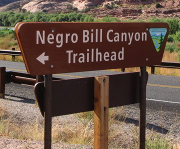 aN-word_Bill_Canyon_sign.jpg