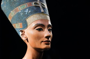 a_a_bust-of-nefertiti.jpg