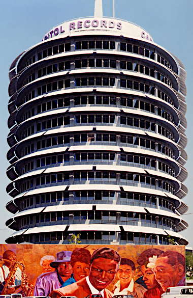 a_capitol_records_building_la.jpg
