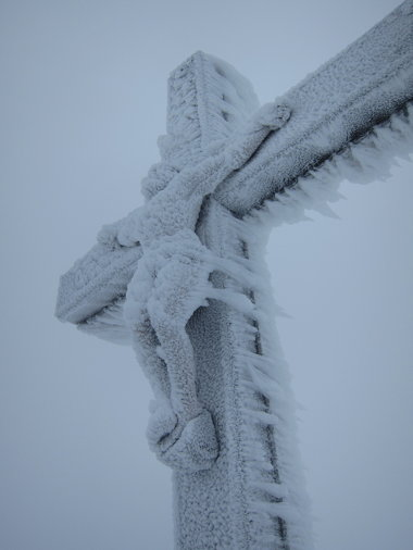 a_frozencross.jpg