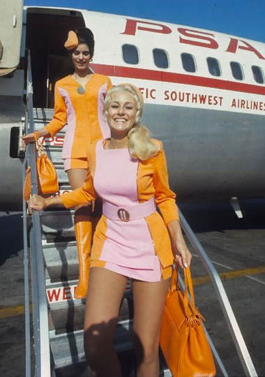a_pacific_southwest_airlines_stewardesses_from_the_70_s_-_imgur.jpg
