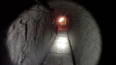 aala-me-ln-border-tunnels-20150501-001.jpg