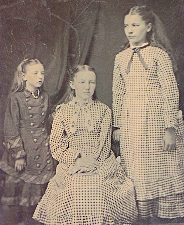 carrie__mary__and_laura_ingalls__circa_1879_1881.jpg