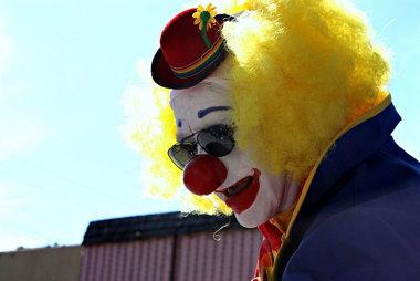 clownsgoingextinct.jpg
