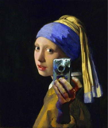 girl-pearl-earring-camera.jpg
