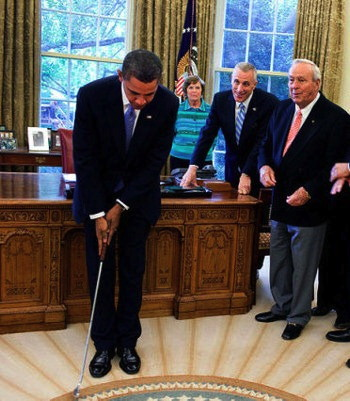 obama_oval_office_golf%5B4%5D.jpg