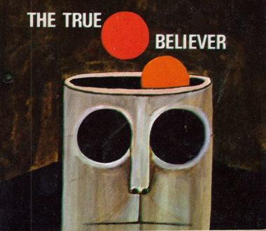 the-true-believer-book-cover-classic-657x1024.jpg