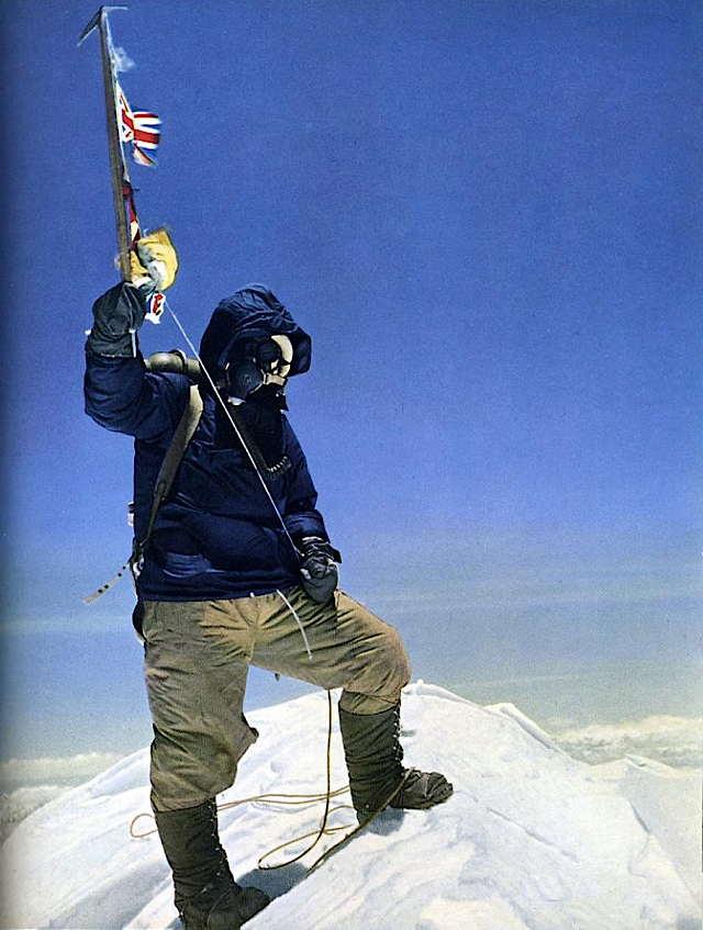 sir_edmund_hillary_iconic_photo_of_tenzing_norgay_on_everest_summit_may_29_1953.jpg