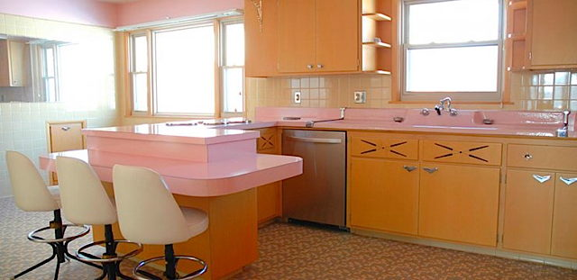 time-capsule-kitchen-60s-nathan-chandler-furniture-1-740x360.jpg
