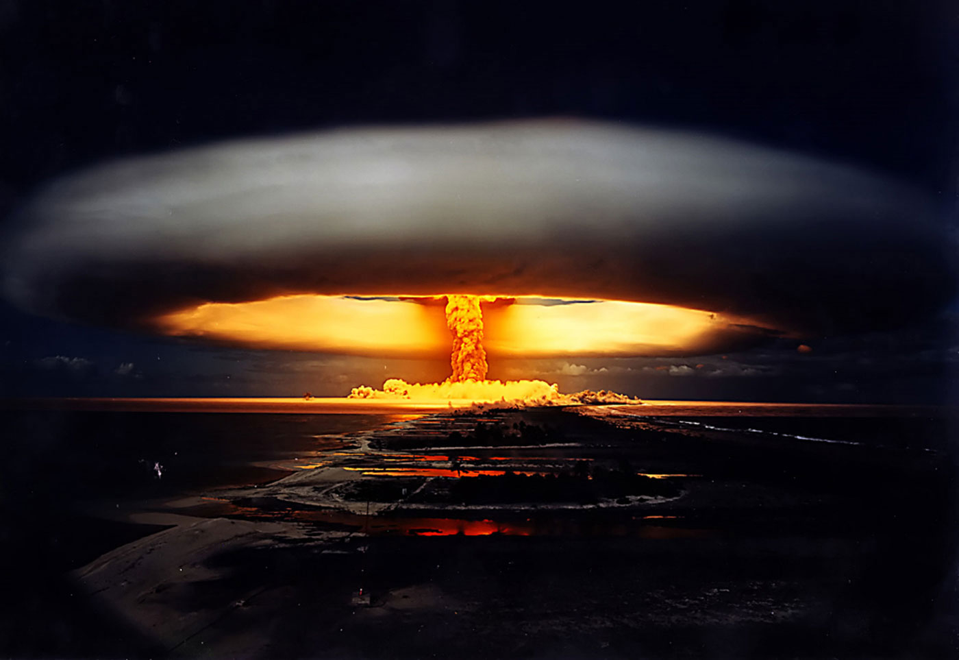 """""""FIRE AND FURY"""": Nagasaki Day Is Here Again - or- Nukes: Time for a Live Demo"""