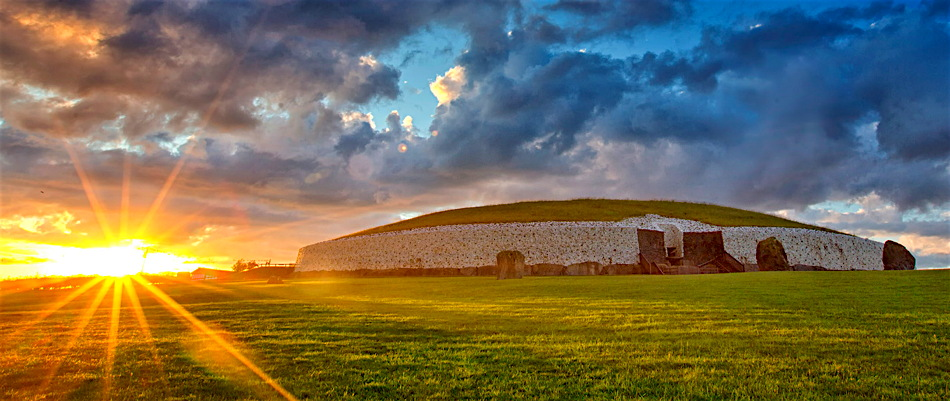One Moment in Time: The Winter Solstice Seen from Newgrange