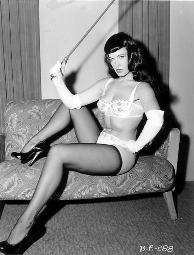 bettie-page-pinup-girl-whip